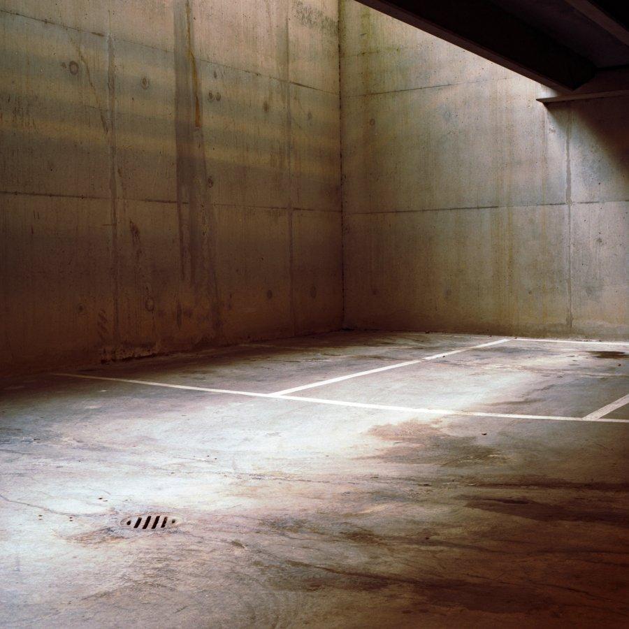 Garage | 2002 | 120 x 120 cm, dibond | €250,-