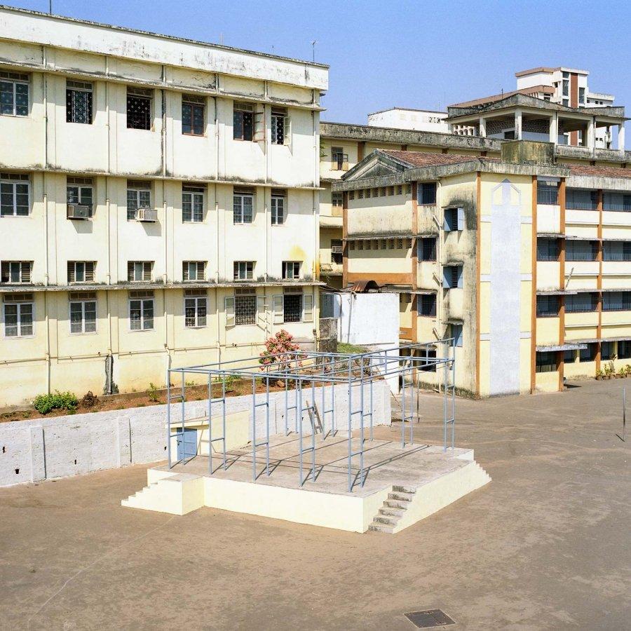 Mangalore | 2002 | 60 x 60 cm | €175,-